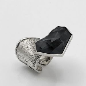 💫SWAROVSKI 💫Crystal ring by MoTyLe